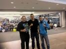 אולג, איגור ומאמן יעקב וולוך בדרך לטורניר בלטביה